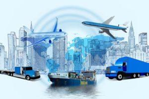 Montage sur la logistique dans les transports : avions, camions et bâteaux
