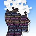 forme de tête avec des pièces de puzzle sur le dessus et des phrases écrites qui représentent le coaching, les questions sur lesquelles il est nécessaire de réfléchir selon le type de personne à qui s'adresse ce coaching